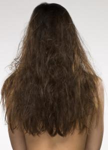восстановить сухие и поврежденные волосы