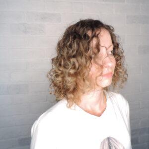 салон красоты рязань, парикмахерская, стрижки ,окрашивание волос, осветление волос ,мелирование, тонирование волос, омбре, шатуш, балаяж, каре ,блонд, стилист