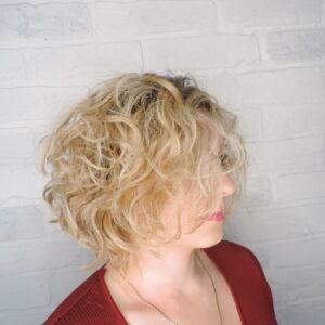 салон красоты рязань ,парикмахерская, стрижки ,окрашивание волос, осветление волос, омбре ,шатуш, балаяж, тонирование волос ,мелирование , блонд, наращивание волос, вьющиеся волосы